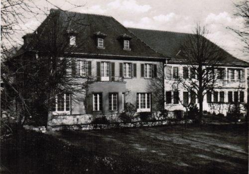 Ein historisches schwarz-weiß-Foto der Villa Donnersmarck, vor dem Umbau zum barrierefreien Treffpunkt
