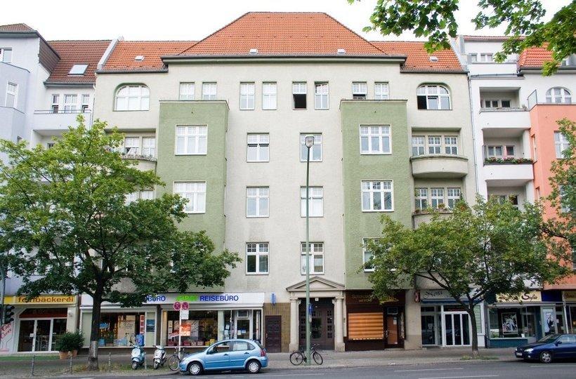 Die Berliner Straße von außen