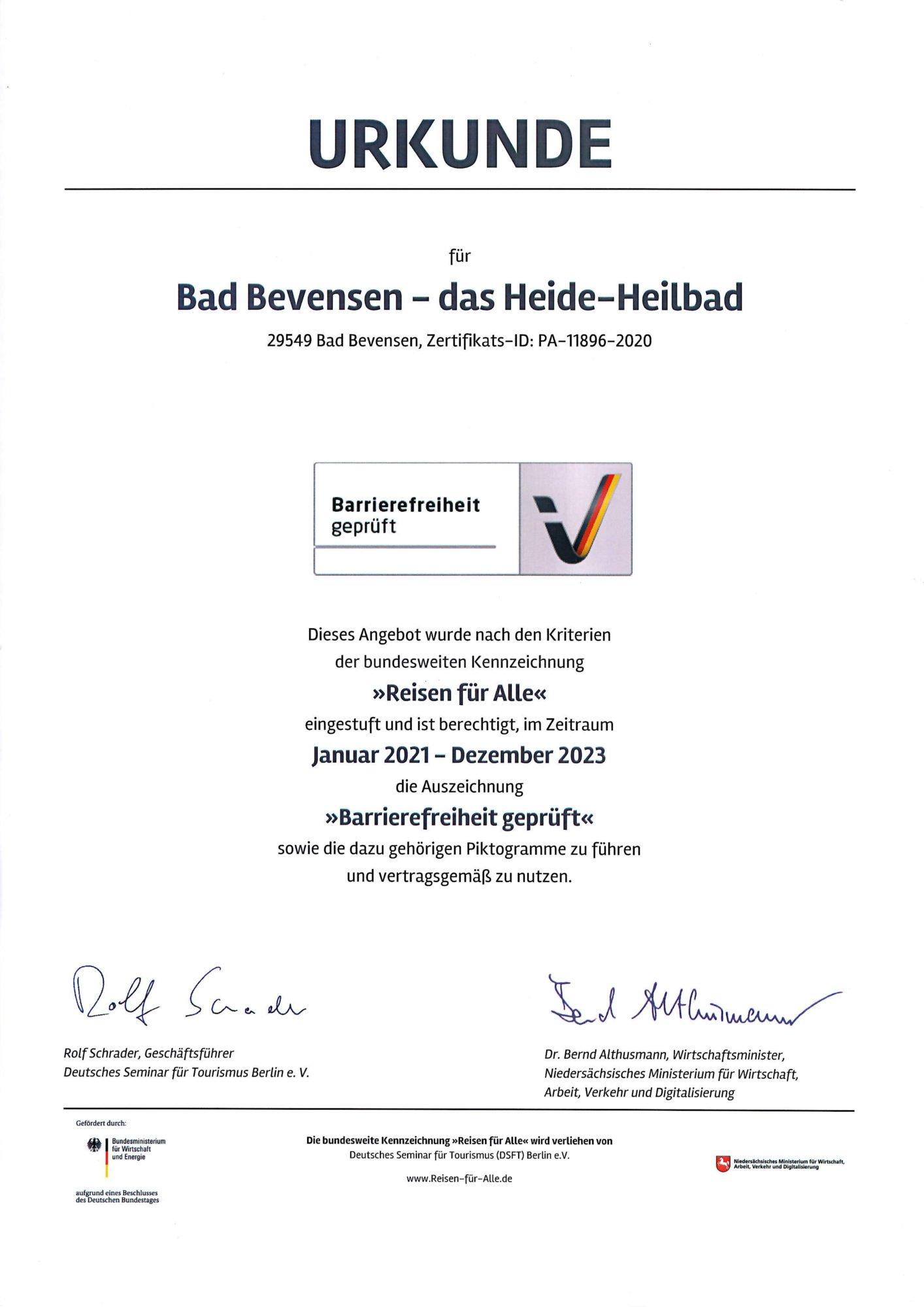 """Die Urkunde für die Stadt Bad Bevensen mit dem Zertifikat """"Reisen für Alle""""."""