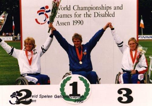 Marianne Buggenhagen bei einer Siegerehrung im Jahr 1990